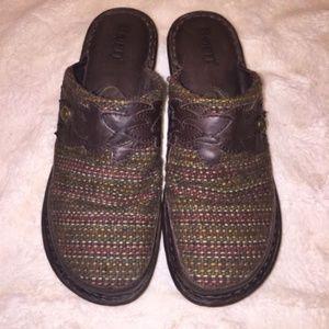 Born Clog Mule Shoe 8 Pettina Serape Blanket Brown